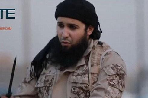 Một phần tử của IS