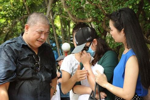Cả Lê Tuấn Anh và Minh Anh đều khóc sau khi sẻ chia những lời bị kìm nén bấy lâu