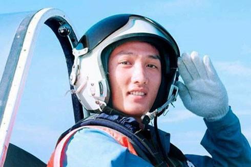 Lễ truy điệu 3 phi công tử nạn trong vụ rơi máy bay ở Vũng Tàu ảnh 35