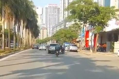 Xe CX5 gây tai nạn trên đường Lê Đức Thọ (Ảnh cắt từ clip)