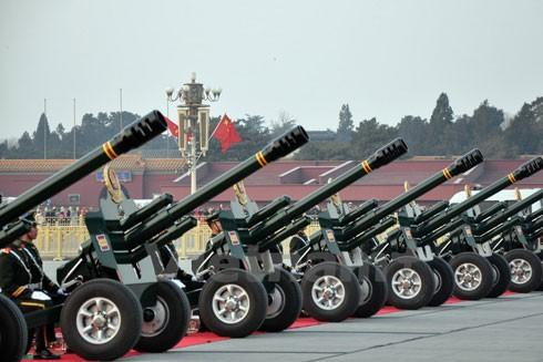 Khẩu đội pháo vừa thực hiện nghi lễ chào mừng chuyến thăm chính thức Trung Quốc của Tổng Bí thư Nguyễn Phú Trọng.