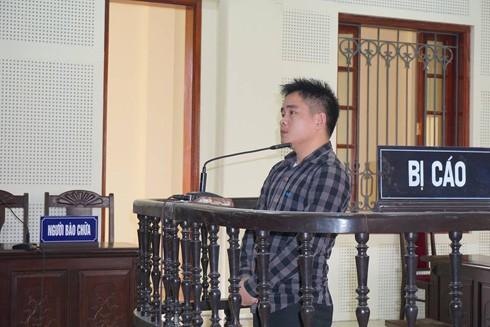 Nguyễn Văn Dinh trong phiên xét xử sáng nay