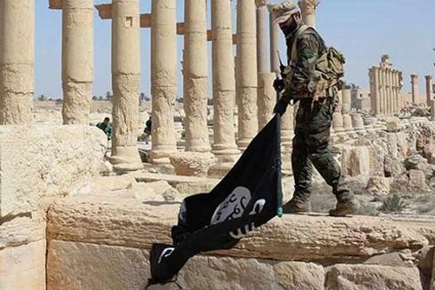 Phiến quân IS đã tàn phá một số công trình kiến trúc của thành cổ Palmyra trong thời gian chiếm đóng