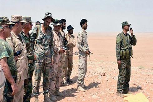 Binh sĩ Syria và các đồng minh ở ngoại ô Deir el-Zour
