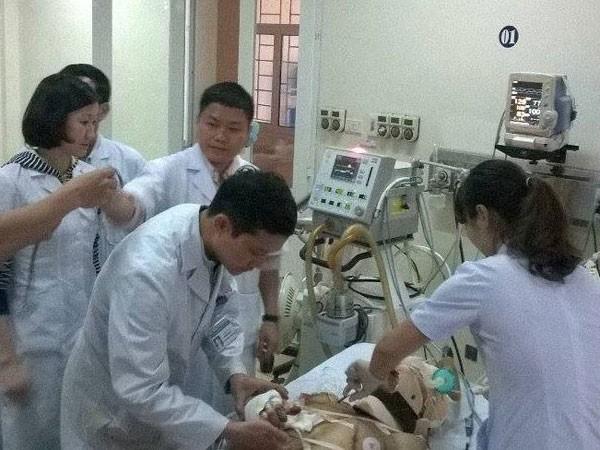 Công an Hà Tĩnh vào cuộc điều tra nguyên nhân vụ sập giàn giáo ở Formosa ảnh 5