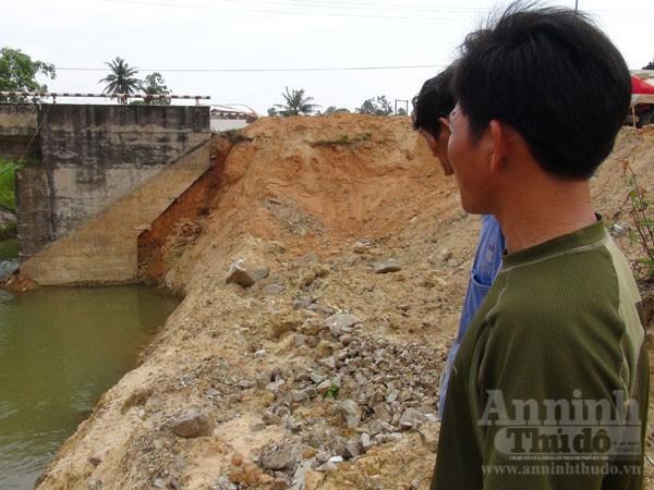 Địa điểm cầu Thạch Nham, nơi đơn vị thi công sử dụng thuốc nổ để phá tảng đá