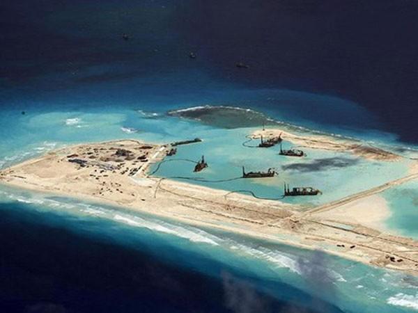 Trung Quốc ráo riết bồi đắp đảo nhân tạo trên Biển Đông: Những mưu đồ thâm hiểm ảnh 2