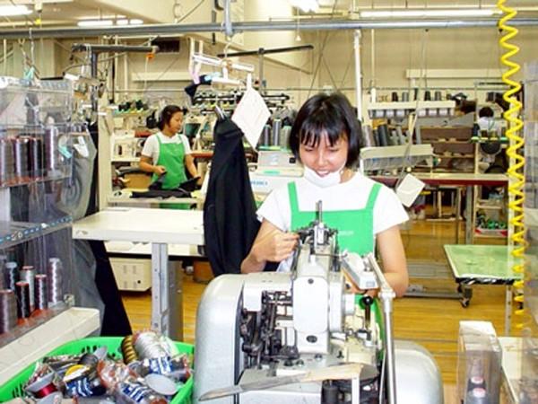 Nhiều cơ hội cho lao động nữ trong lĩnh vực dệt may