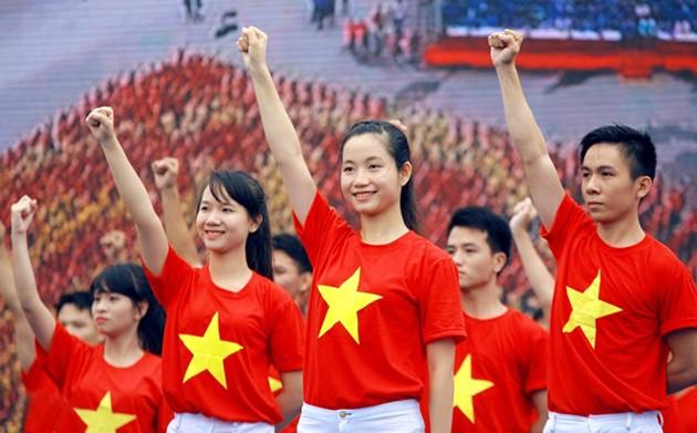 Hà Nội: Đoàn viên chào cờ, hát Quốc ca cùng U23 Việt Nam ảnh 1
