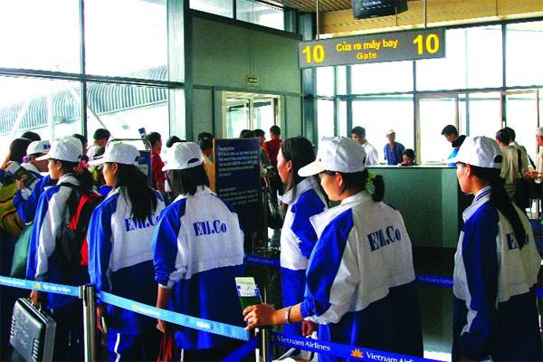 49 quận, huyện bị tạm dừng đưa lao động sang Hàn Quốc