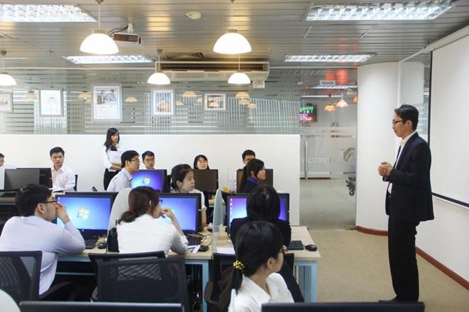 Để tận dụng cơ hội, Việt Nam cần tăng cường đào tạo nhân lực trong lĩnh vực công nghệ thông tin