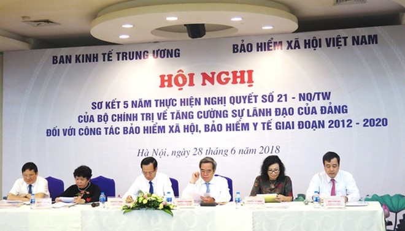 Ủy viên Bộ Chính trị, Trưởng Ban kinh tế Trung ương Nguyễn Văn Bình chủ trì hội nghị