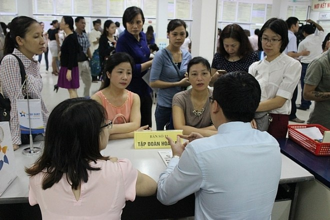 Việc mở các phiên giao dịch việc làm vệ tinh tại các quận, huyện của TP Hà Nội đã góp phần giải quyết tình trạng thất nghiệp, thiếu việc làm hiệu quả