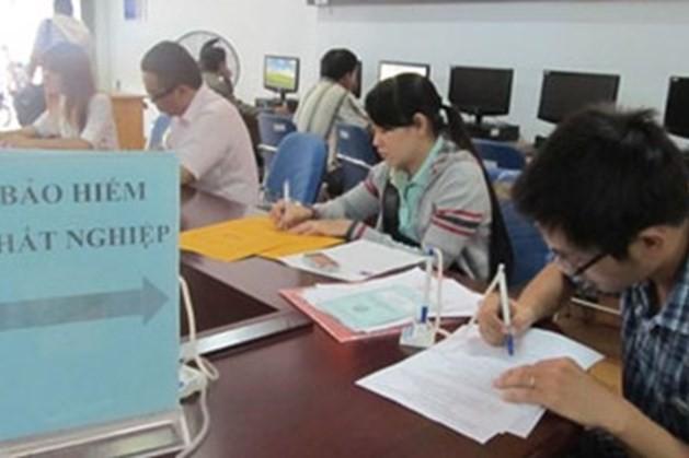Bộ LĐ-TB&XH đề nghị các địa phương chỉ thực hiện thủ tục hưởng các chế độ bảo hiểm thất nghiệp tại Trung tâm Dịch vụ việc làm
