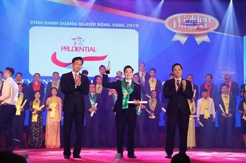 Prudential lọt top 10 doanh nghiệp có vốn đầu tư nước ngoài hàng đầu Việt Nam