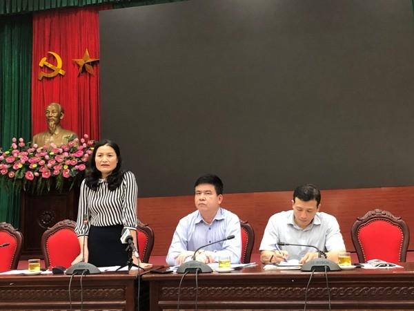 Phó Giám đốc Trung tâm kiểm soát bệnh tật Lã Thị Lan thông tin tại hội nghị