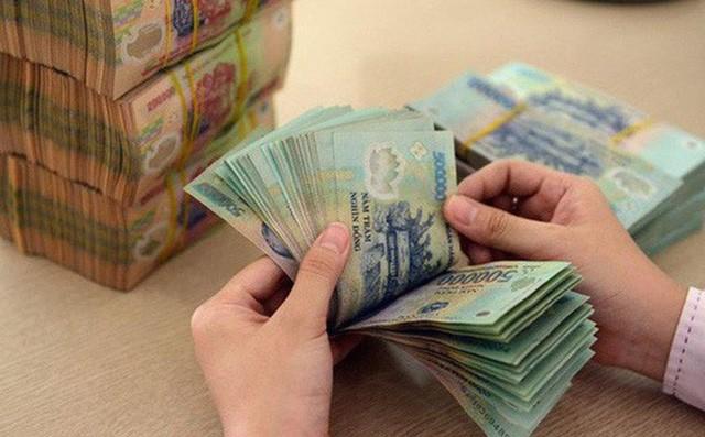Nhiều chuyên gia khuyến nghị quy định bắt buộc hình thức thưởng bằng tiền thay vì hiện vật cho người lao động