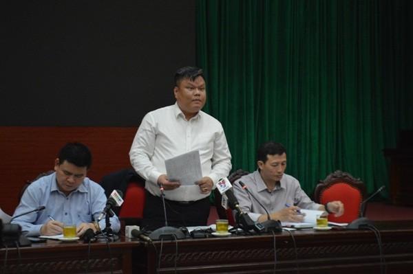Phó Chánh Văn phòng UBND TP Hà Nội Võ Tuấn Anh thông tin tại hội nghị
