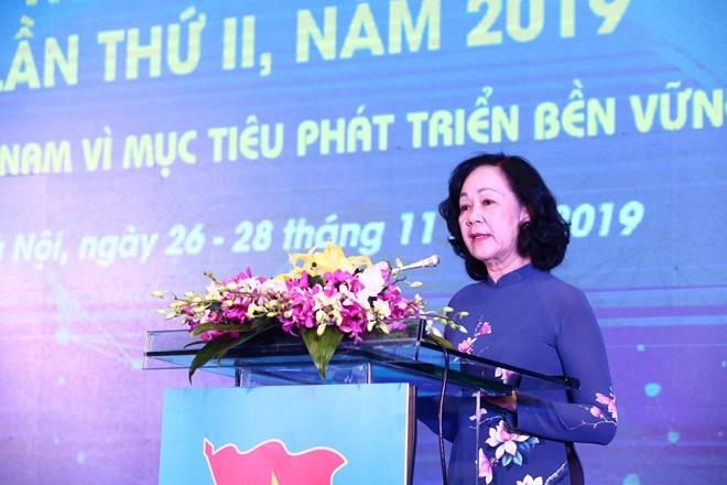 Trưởng ban Dân vận Trung ương Trương Thị Mai phát biểu tại diễn đàn trí thức trẻ Việt Nam