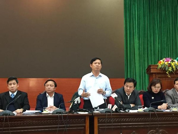 Phó trưởng Ban Thường trực Ban Tuyên giáo Thành uỷ Hà Nội Phạm Thanh Học thông tin tại hội nghị