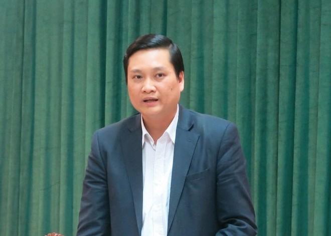 Phó Giám đốc Sở LĐ-TB&XH Nguyễn Quốc Khánh thông tin tại hội nghị