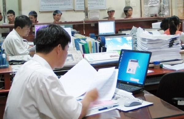 Bộ Nội vụ rà soát quy định nhằm giảm thiểu yêu cầu về văn bằng, chứng chỉ trong tuyển dụng công chức
