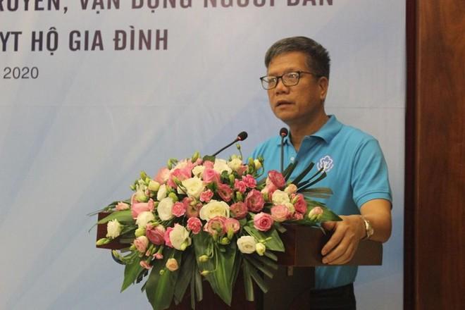 Phó Tổng Giám đốc Bảo hiểm xã hội Việt Nam Trần Đình Liệu phát biểu tại lễ ra quân