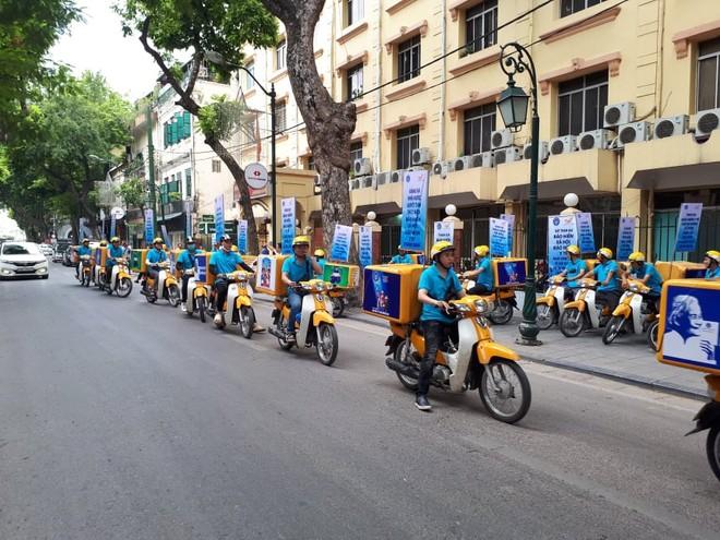 Đội tuyên truyền lưu động ra quân tại Hà Nội