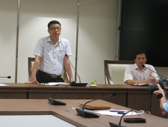 Phó Chủ tịch UBND huyện Thanh Trì Nguyễn Văn Hưng thông tin tại hội nghị