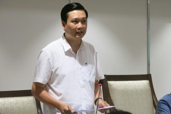 Phó Giám đốc Sở LĐ-TB&XH Hà Nội Nguyễn Quốc Khánh thông tin tại hội nghị