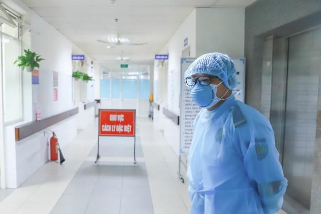 Trong số các ca bệnh vừa phát hiện, có 4 nhân viên y tế