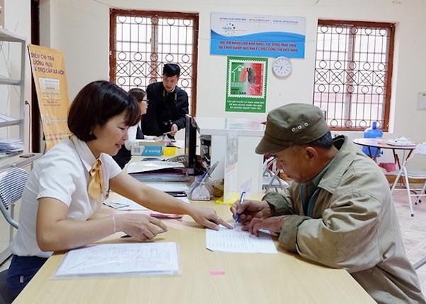 Đề xuất thuê tổ chức cung cấp dịch vụ chi trả trợ cấp người có công