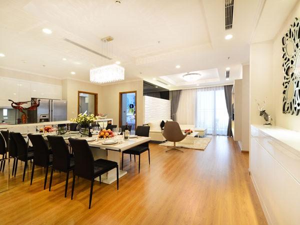 Phòng khách và phòng ăn sang trọng
