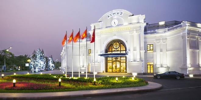 Trung tâm Hội nghị và ẩm thực Almaz trong khuôn viên Vinhomes Riverside