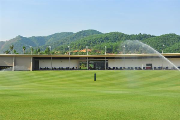 Khai trương sân golf đầu tiên tại Bà Nà