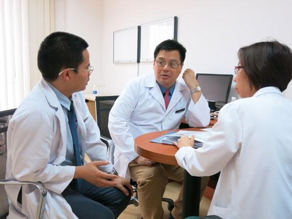Các bác sỹ có cơ hội làm việc thường xuyên với các chuyên gia hàng đầu thế giới để học hỏi, nâng cao tay nghề ngay tại Vinmec thông qua chương trình hợp tác quốc tế của bệnh viện