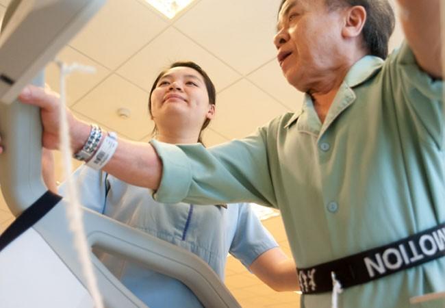 Các điều dưỡng đã góp phần quan không nhỏ tạo nên những thành công trong phẫu thuật, ghép tế bào gốc, miễn dịch tự thân điều trị ung thư, các kỹ thuật hỗ trợ sinh sản.. tại Vinmec