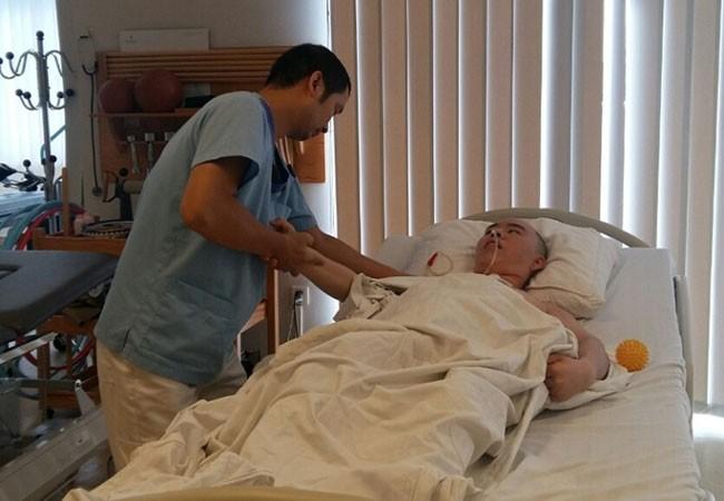 Anh Sung (35 tuổi, quốc tịch Hàn Quốc) đã có thể phục hồi sau cơn xuất huyết não và trở về nước nhờ sự chăm sóc tận tình của các bác sĩ, điều dưỡng Vinmec