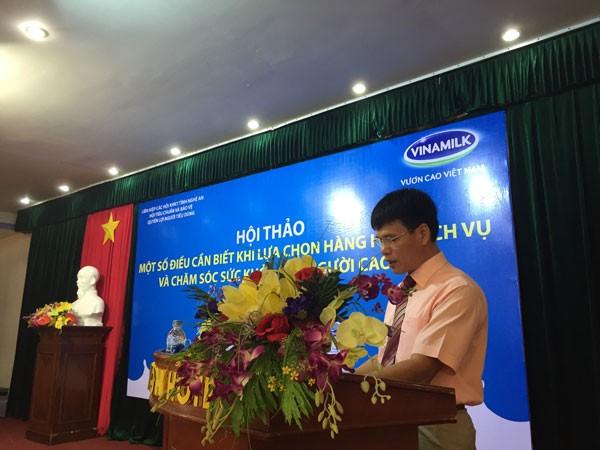 Ông Phạm Tuyên – Giám đốc Kinh doanh miền Duyên Hải phát biểu tại buổi lễ