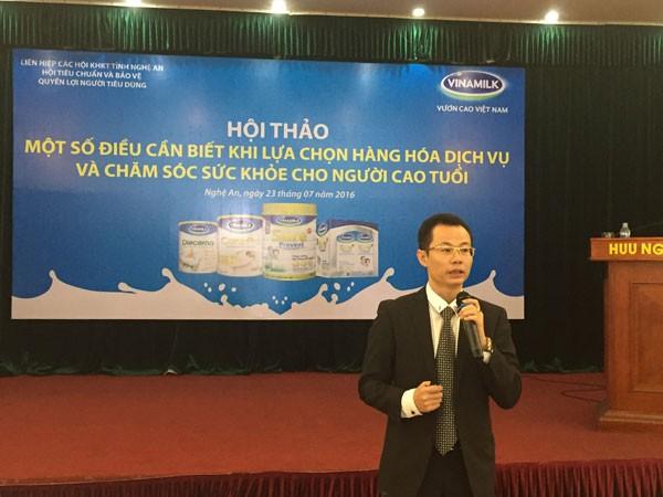 TS Nguyễn Hoàng Lê – Giảng viên học viện Quân y, chuyên khoa gan mật BV 103 chia sẻ tư liệu tại hội thảo