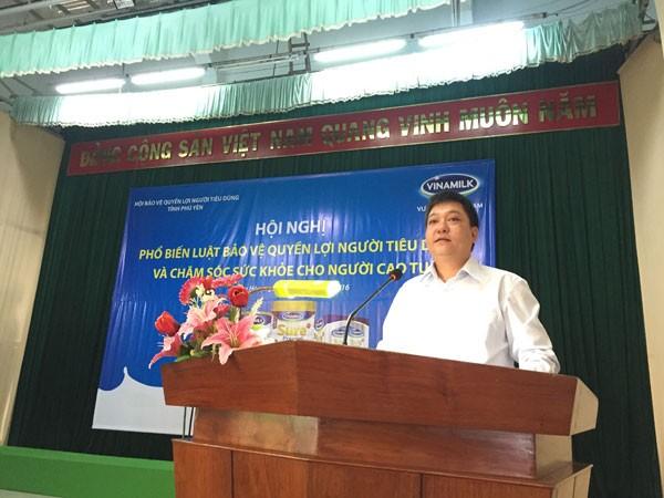 Ông Nguyễn Kim Trung- Giám đốc Kinh doanh miền Trung 1 phát biểu tại hội thảo ở Phú Yên
