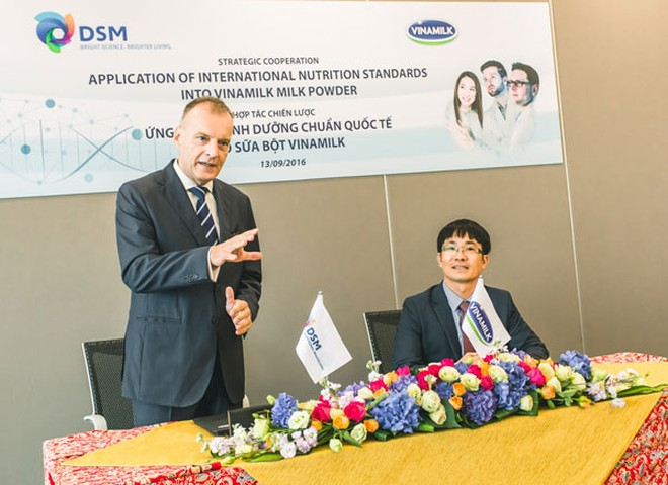 Vinamilk ký kết hợp tác chiến lược với tập đoàn dinh dưỡng DSM – Thụy Sỹ ảnh 2
