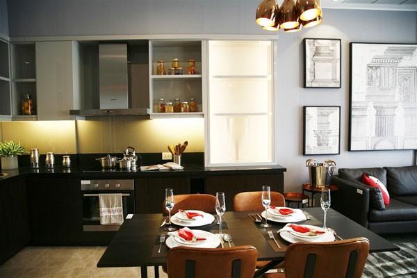 Phòng bếp Sun Grand City Thuy Khue