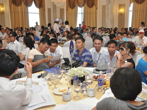 Sự kiện giới thiệu dự án thu hút hàng trăm khách hàng tham dự