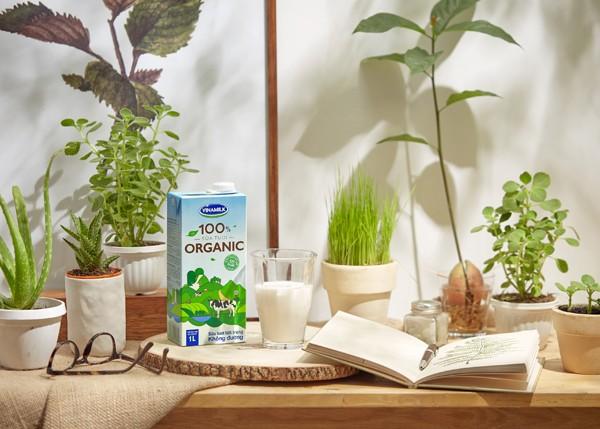Vinamilk-Công ty đầu tiên sản xuất sữa tươi 100% organic tại Việt Nam