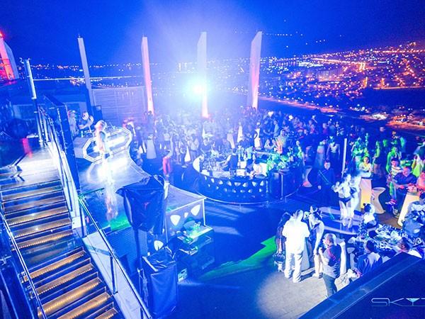 Đón Tết cùng đêm tiệc triệu đô tại Sky36