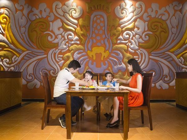 Thưởng thức các món ăn Á Âu nổi tiếng nhất ngay tại Indo Express