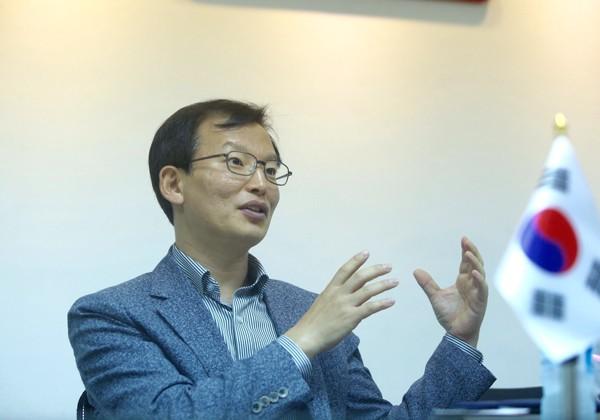 Ông Cho Nam IL- Tổng giám đốc CTCP Thực phẩm Đức Việt