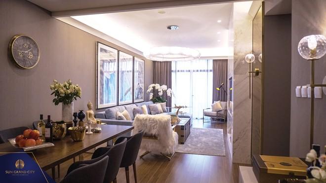 Đông đảo khách hàng dự khai trương nhà mẫu Ancora Residence