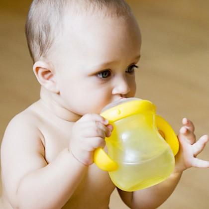 Cách xử trí chứng táo bón ở trẻ em